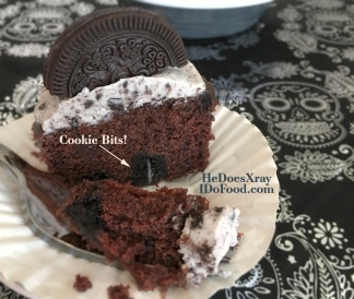 """Cookies & Crème Cupcakes; less than HALF the calories (and fat) than the usual """"Oreo""""cupcakes"""