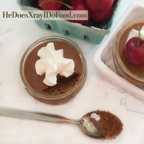 (Vegetarian) Restaurant-Level Chocolate Mousse; 5 ingredients & 190 calories. HeDoesXrayIDoFood.com