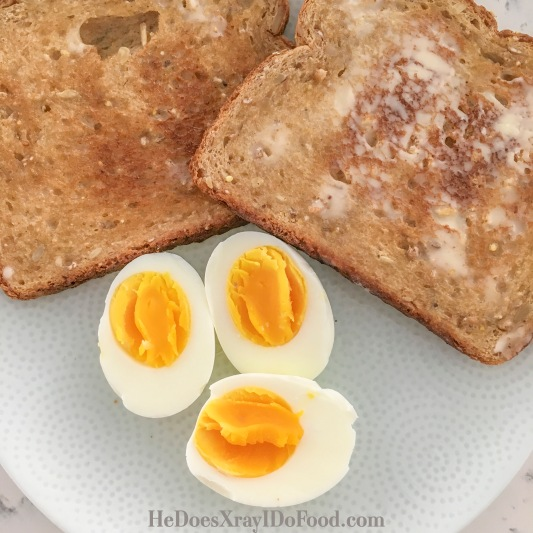 HeDoesXrayIDoFood.com-5 Min Hard Boiled eggs