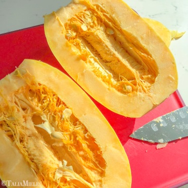 How to cut a Spaghetti Squash (4)