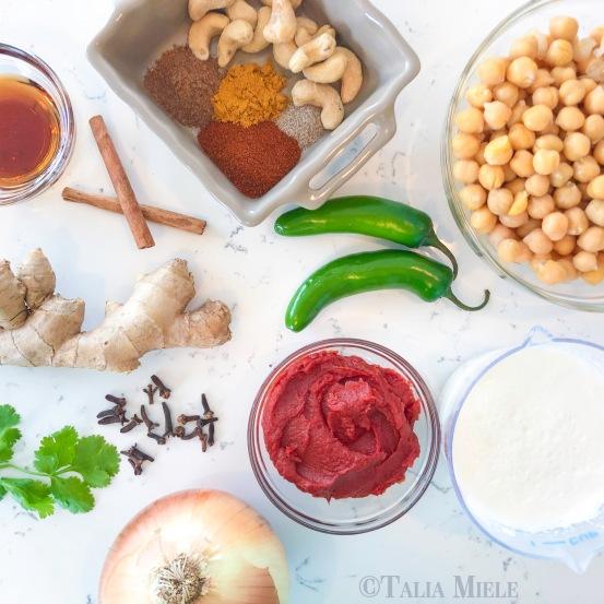 Easy Vegetarian (Make Ahead) Chickpea Tikka Masala - HeDoesXrayIDoFood.com