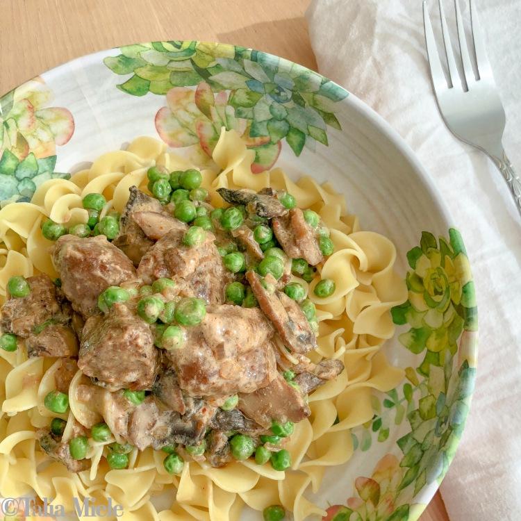 (Vegetarian) Summertime Stroganoff- HeDoesXrayIDoFood.com